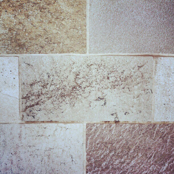 #stone #tile #texture #pattern #mineral #natural #rectangle #shape (Publicado com o Instagram)