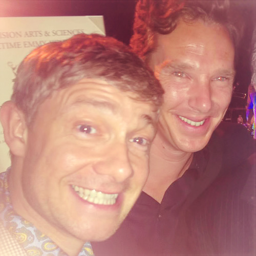 superlockianfeels:  thescienceofobsession:  cumberbitchsandwich:  Favourite.  oh my god.  BEST.FRIENDS.5.EVER T^T