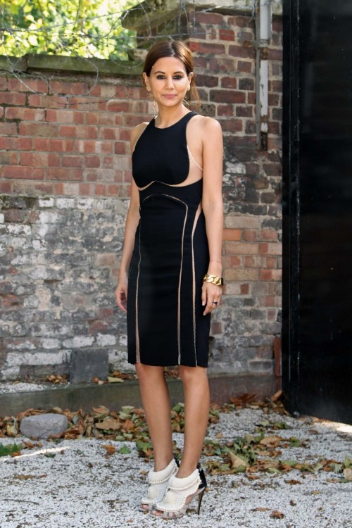 peoplewithstyles:  Christine in Dion Lee dress, Kanye West shoes[source: harper's bazaar]