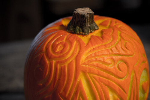 prettylittlepieces:  Pumpkin Carving with Linoleum Carving Tools