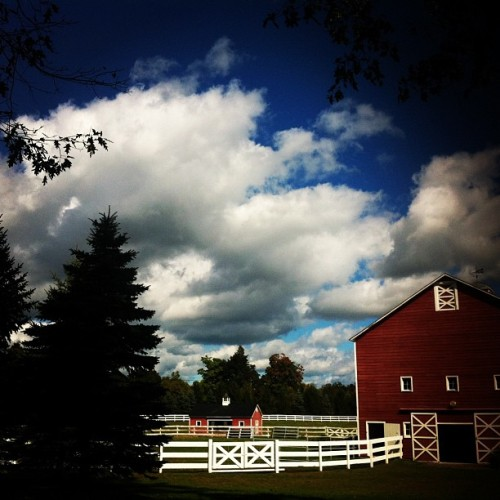 sunday on the farm. 💓 #farmlife #sunday #hudson #barn #sky  (Taken with Instagram)