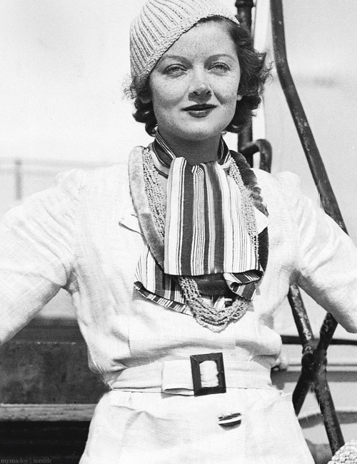 myrna-loy:  Myrna returning from a Hawaiian holiday, 1934
