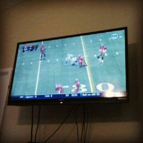 I love me some football on the 60inch. #foootball #food #buccaneers #flatscreen #love  (Taken with Instagram)
