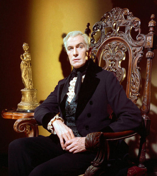 dartranna-alurath:   Vincent Price for House of Usher, 1960  UNF UNF