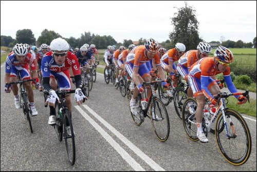 Road World Championships 2012 | Elite Men Road Race Netherlands and Great Britain pulling on the front. (via Het WK wielrennen in beeld (31) - Sportwereld)