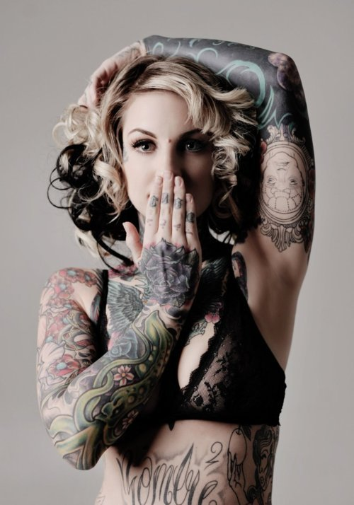 Girls with tattoo's are just asdfghjkl