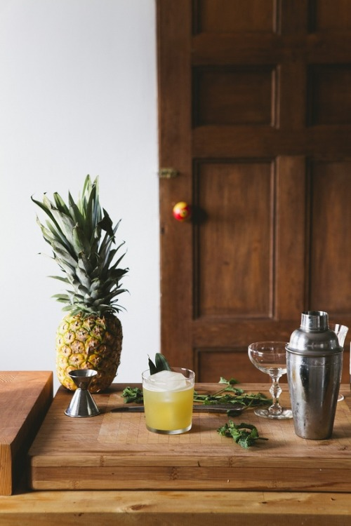 squaremeal:  (via Drinks / La Buena Vida: Weekend Cocktail)