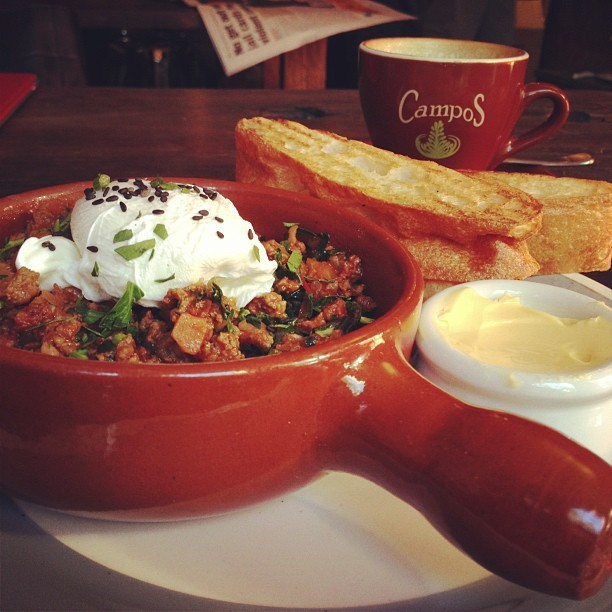 (via mostexerent) Savoury mince and poached egg.