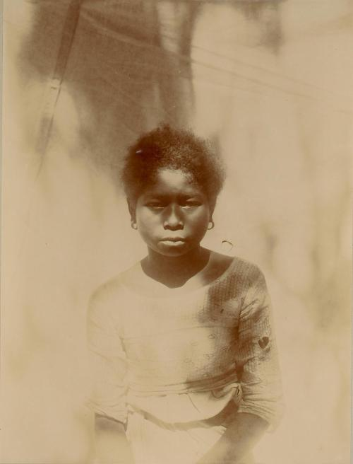 "yearningforunity:  The Aeta (pronounced as ""eye-ta,""), Agta or Ayta are an indigenous people who live in scattered, isolated mountainous parts of Luzon, Philippines. They are thought to be among the earliest inhabitants of the Philippines, preceding the Austronesian migrations. The Aeta were included in the group of people termed ""Negrito"" during Spanish colonial rule as Negritos. Various Aeta groups in northern Luzon are known as ""Pugut"" or ""Pugot,"" a name designated by their Ilocano-speaking neighbors, and which is the colloquial term for those with darker complexions. In Ilocano, the word also means ""goblin"" or ""forest spirit."""