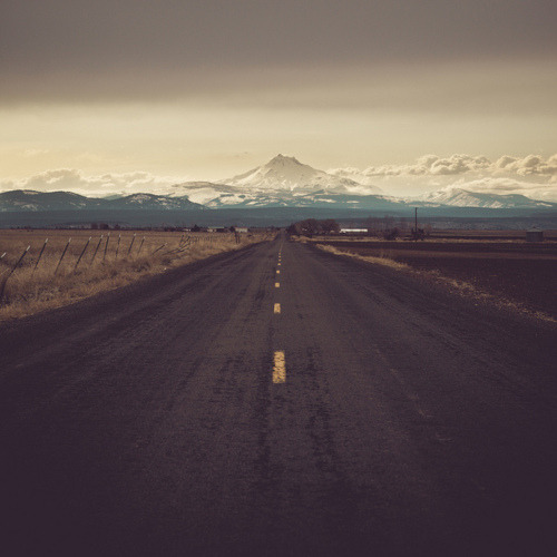 (via An endless road with mountains in the distance | Murray Mitchell)