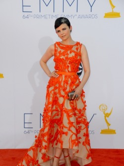 celebuzz:  Ginnifer Goodwin arrives at the 2012 Emmys  What do you think of her orange and creme gown?