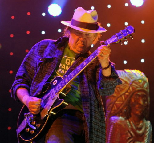 foreverneilyoung:  Neil Young performing at Farm Aid 2012