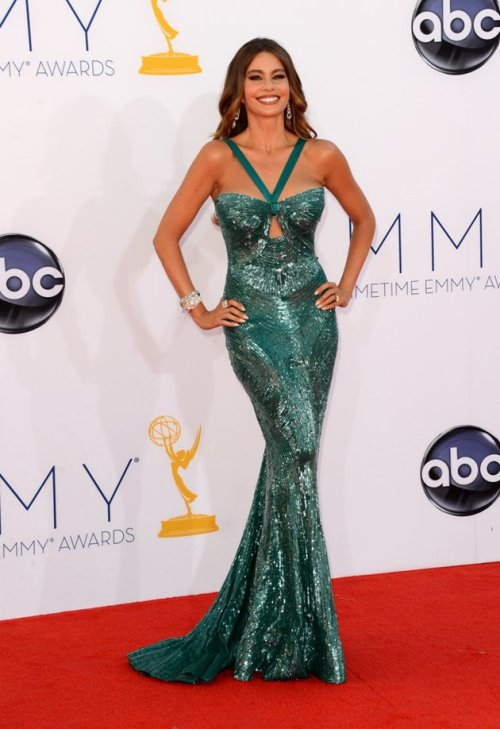 (via Emmys 2012 red carpet arrivals | Photo Gallery - Yahoo! TV) My vote for best dressed woman at this year's Emmy's.