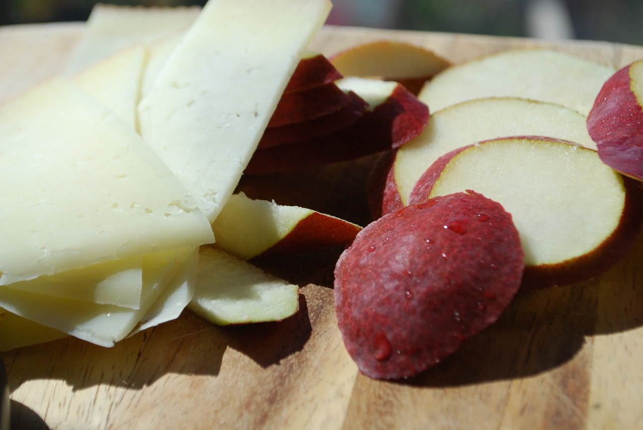 manchego and pear