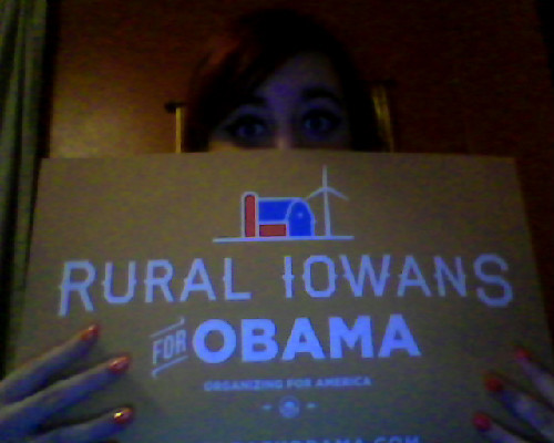 obamaforamerica-illinois:  something-radiates:  you don't get much more rural than me.   We <3 Iowa.  Us too. ;)
