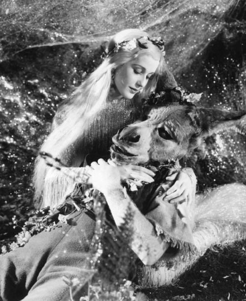 James Cagney as Bottom and Anita Louise as Titania in A Midsummer Night's Dream (1935, dir. William Dieterle & Max Reinhardt ) (via)