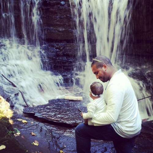 @supaq #Sophia #waterfall #daddydaughtertime #beautiful #water #amazing #rockland #NY  (Taken with Instagram)