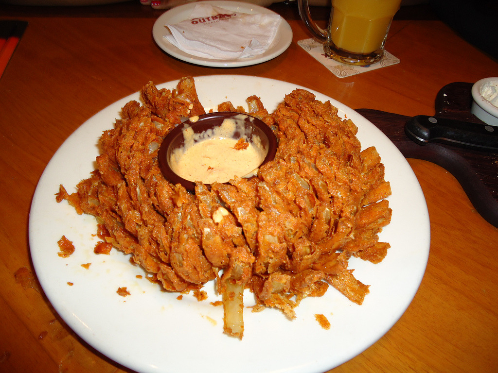 Bloomin' Onion (by Nickolas Xavier)