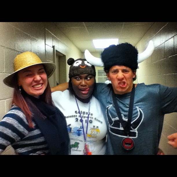 simonjazzy:  #sillyhats #friends #fun  (Taken with Instagram at Cooper Hall)