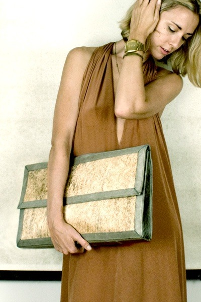 crushculdesac:  ❖ Crawford Brief Clutch ❖ HARE+HART ❖   Love this clutch!