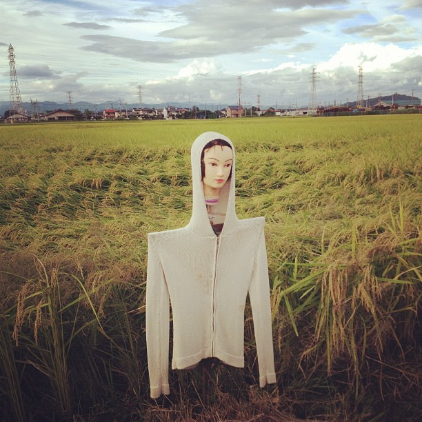 超怖い。#japan #scarecrow  (Taken with Instagram)