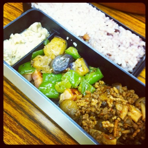 "Today's bf""s special #bento ! (Instagramで撮影)"