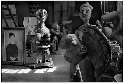 regardintemporel:  Henri Cartier-Bresson - Atelier de Picassso, Rue des Grands Augustins, 1944