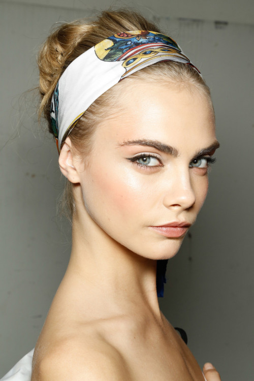 Loving this! Extended cat eye & rosy cheeks, is it Spring yet?passionforfashionval:  Milan Spring 2013 - Dolce & Gabbana (Backstage)