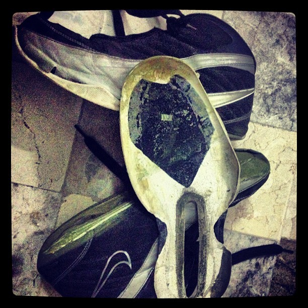 Panay ang side-step eh! Muntik na ako mainjury. New #basketball shoes coming up! #nike (Taken with Instagram)