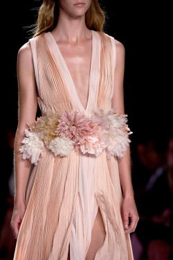 journaldelamode:    New York Fashion Week, J. Mendel SS 2013