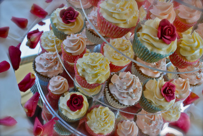 Vintage Pearl & Red Rose Wedding Cupcakes by ConsumedbyCake on Flickr.