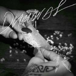 This is why I fuckin love rih rih #diamonds #rihanna #smoke #roll (Taken with Instagram)