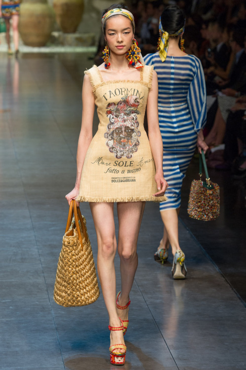 In which Dolce & Gabbana makes an actual burlap sack look good.