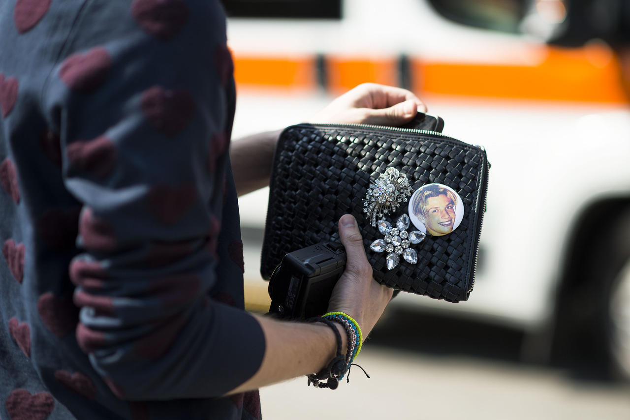 Photo by Le 21ème | Adam Katz Sinding Backstreet's back, ALRIGHT! Keep up with the best of fashion week street style.