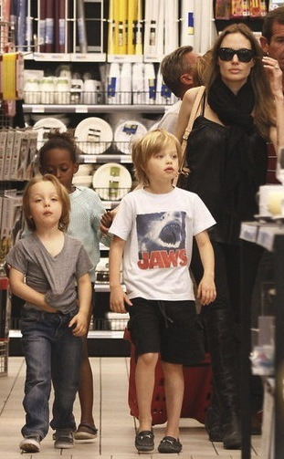 surisburnbook:  Have you missed the Jolie-Pitt family's unique styles since they've been abroad? Screen-printing, Justin Bieber's old haircut, Angelina's weekend-Maleficent clothes … I haven't even missed judging them. I can't believe we ever let these people become celebrities.  Tomorrow! Here! Free! Suri's Burn Book (Allie Hagan) + F*ck! I'm in My 20s (Emma Koenig) + Tumblr + Free Drinks + you, obviously, because that = Awesome.