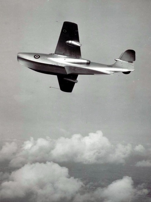 the Saunders-Roe SR.A/1 flying boat fighter, circa 1947 (via THE_TARTANTERROR)