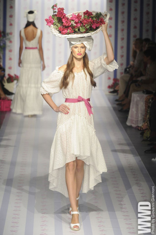 Amazing! *-* One of my favorites <3 womensweardaily:   Luisa Beccaria RTW Spring 2013