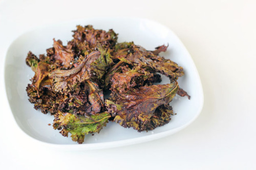 Chocolate Kale Chips [Healthful Pursuit]  I think I have officially reached the end of the self-righteous blogosphere.