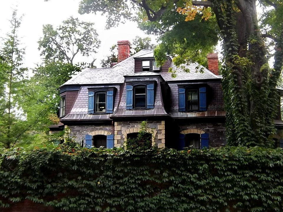 A cute house I saw in Brookline, MA.