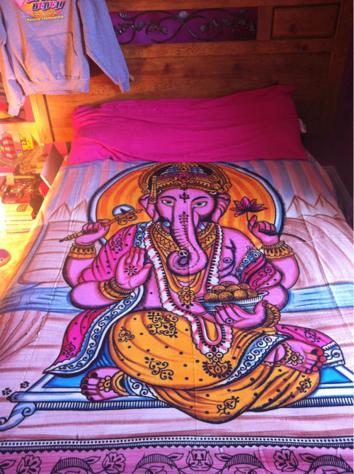 http://emptyyeyes.deviantart.com/art/Ganesh-Tapestry-298554870  Wowwwww, I never thought this would get so many notes :0 Btw, the original owner of this image has a tumblr. I just found this on her devianart page. Her blog url is  wallsclosingin. Everyone should follow her. (: