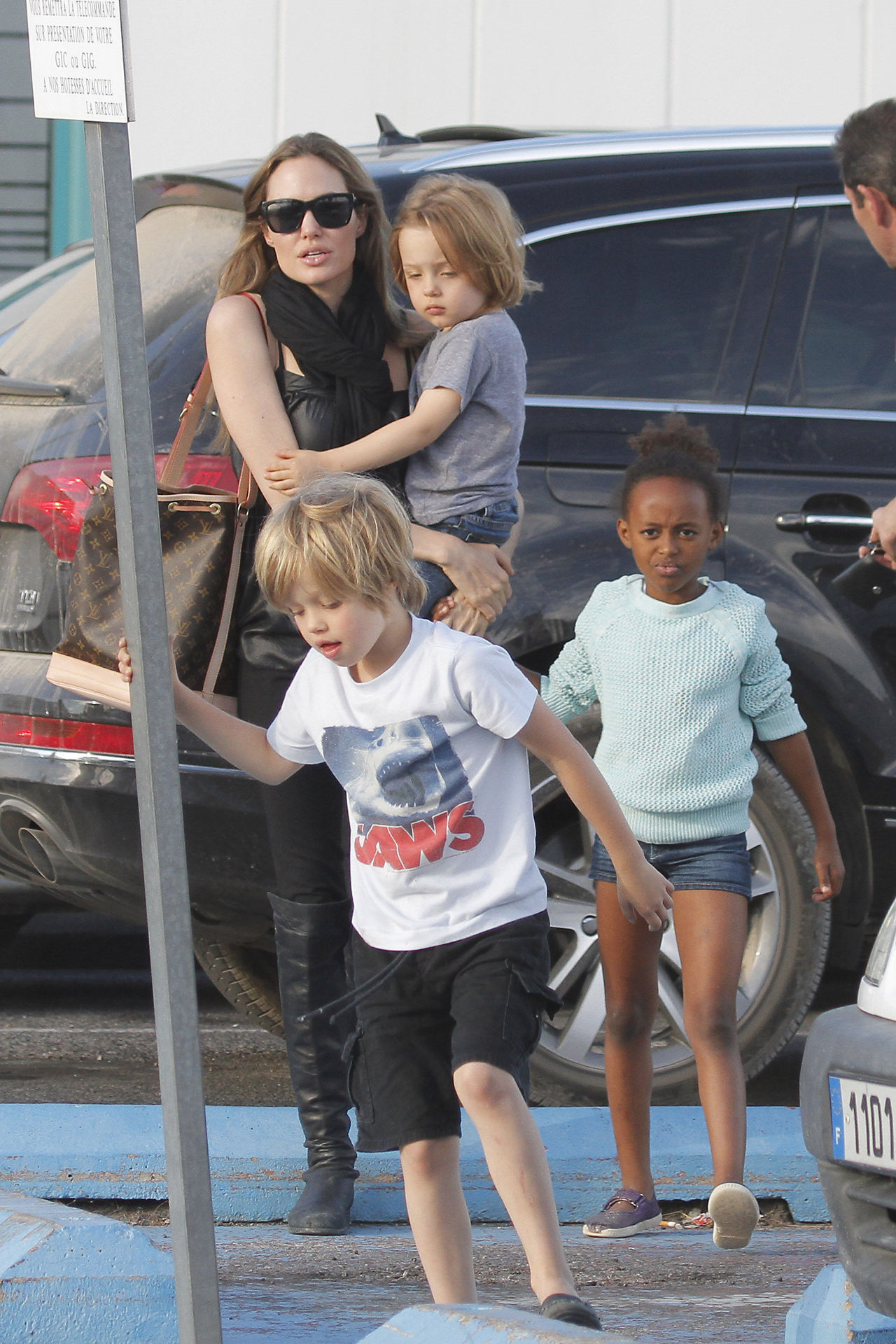Angelina Jolie with Shiloh, Knox and Zahara in France, September 22nd