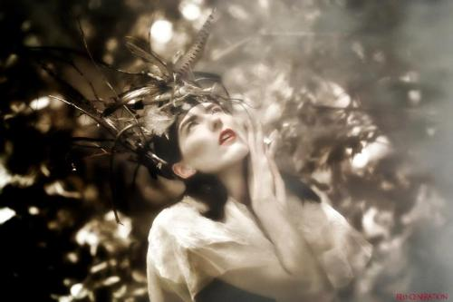 Tinfoil Dreams: XIModel & Stylist: Ellie LaneTumblr | FacebookPhotographer: Red Generation PhotographyTumblr | Facebook | Website