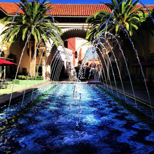 dat water. at Irvine Spectrum Center.
