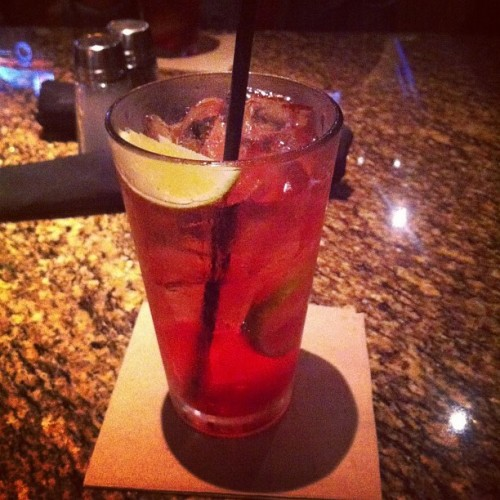 yummmmmm . #bjs #moctail #yum @darling_ana  (Taken with Instagram)