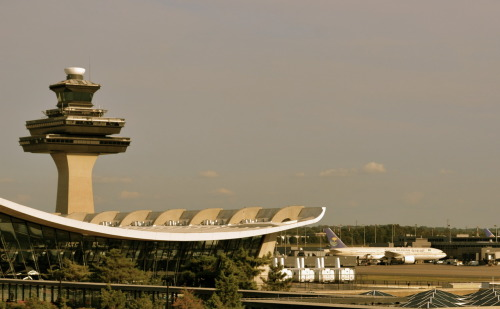 Washington - Dulles International Airport Architect: Eero Saarinen