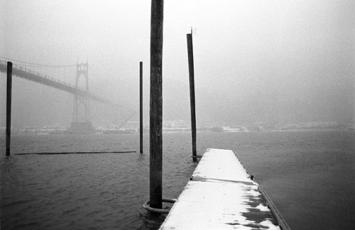 iinfinitelydreaming:  St Johns Bridge, dock by Zeb Andrews on Flickr.