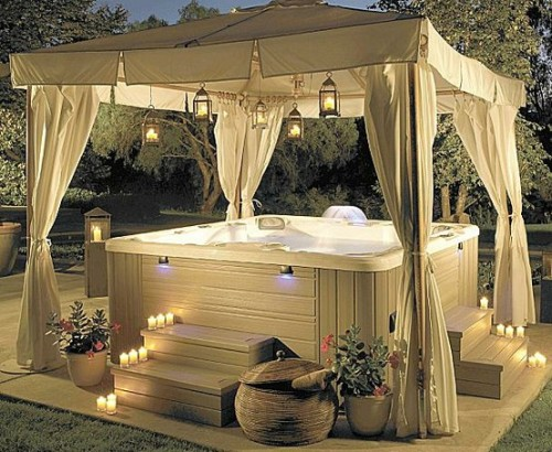 (via Backyard creations / Dream hot tub and gazebo <3)