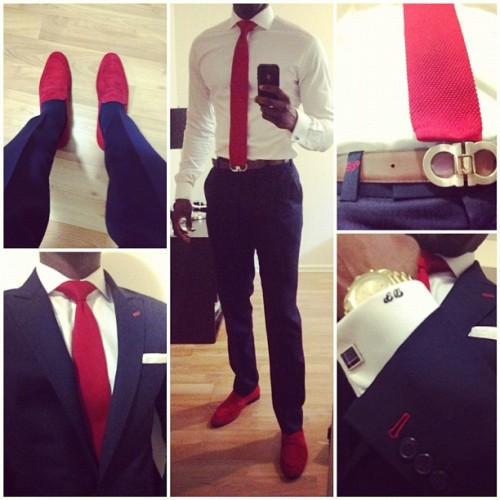 thatlupa:  How a suit should look.