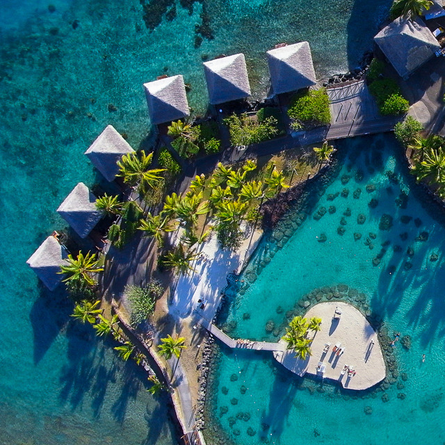 InterContinental Resort @ Tahiti > http://j.mp/RdTaTt