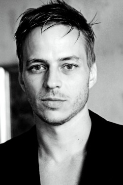 littlefalls:  Tom Wlaschiha